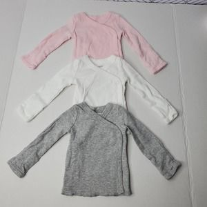 3 Newborn Snap Tops With Built In Mittens